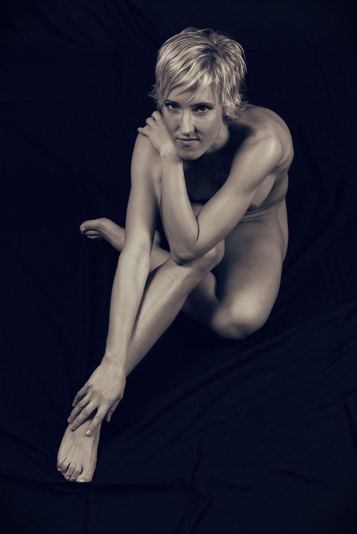 Akt 08 - Akt Nude Act Aktfotografie Erotik Erotic