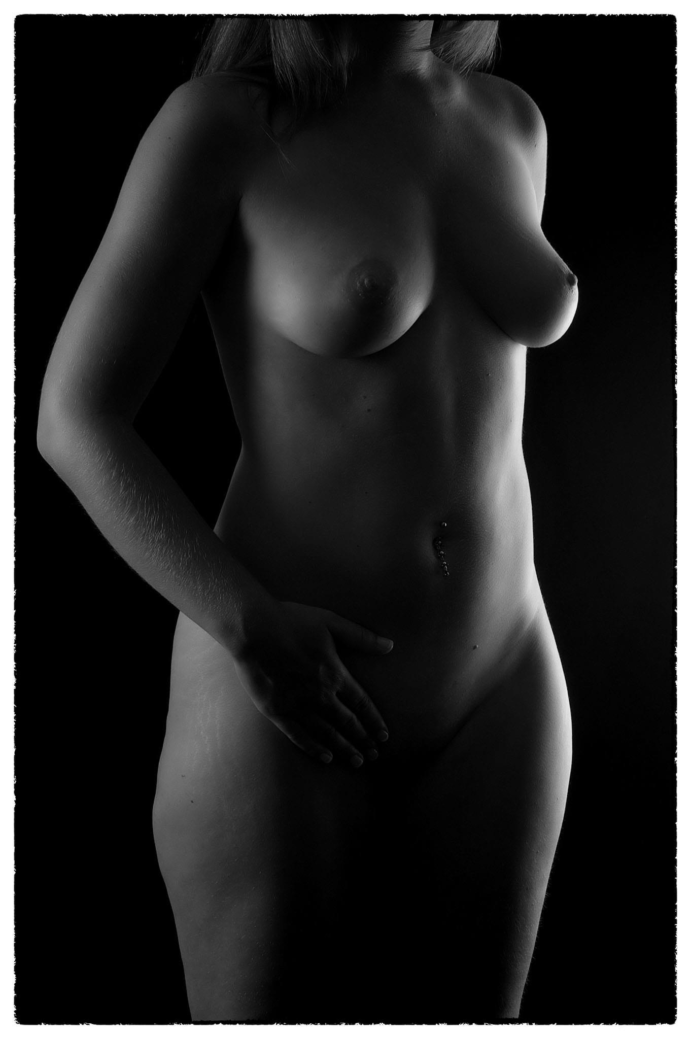 Akt 18 - Akt Nude Act Aktfotografie Erotik Erotic