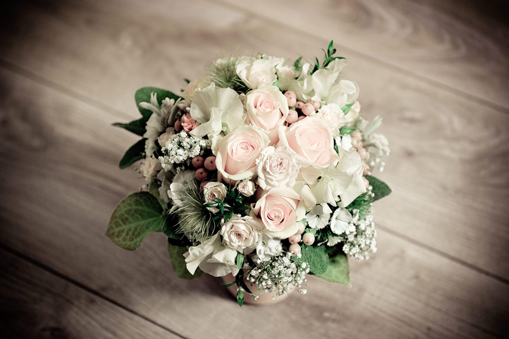 Hochzeit 044 Hochzeit heiraten Brautstrauß Hochzeitsfoto Hochzeitsfotografie Daniel Fuss Fotografie