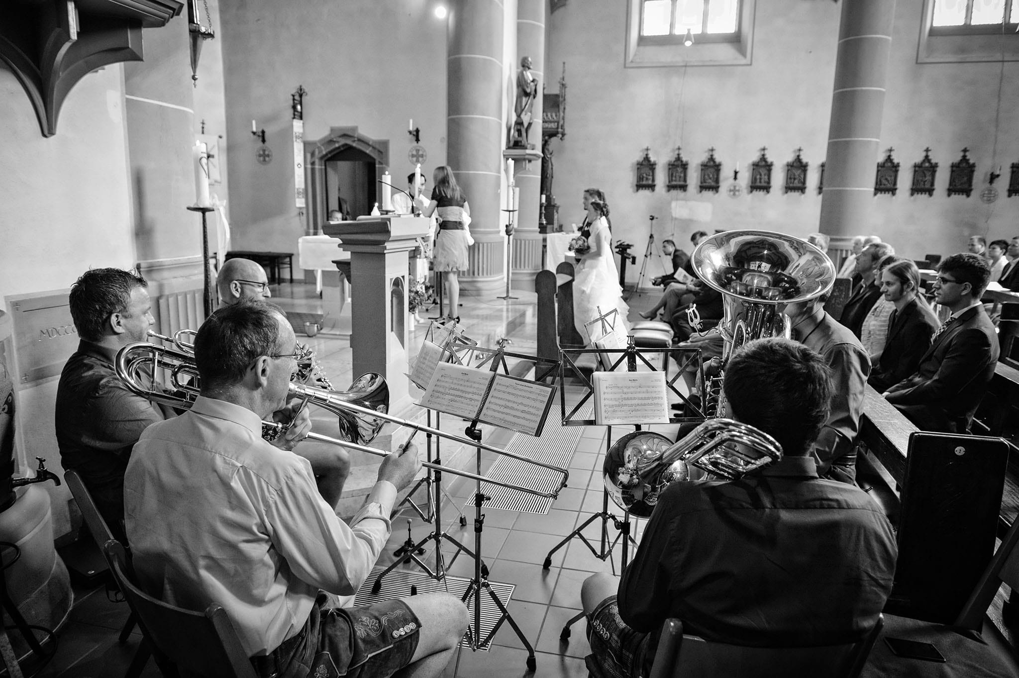 Hochzeit 063 Hochzeit Traugottesdienst Kirche Ave Maria Hochzeitsfotografie Daniel Fuss Fotografie